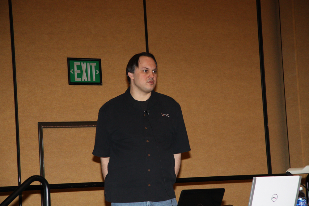 「Windows 7: What it Means to Game Developers」の講師を務めたMicrosoftのChuck Walbourn氏