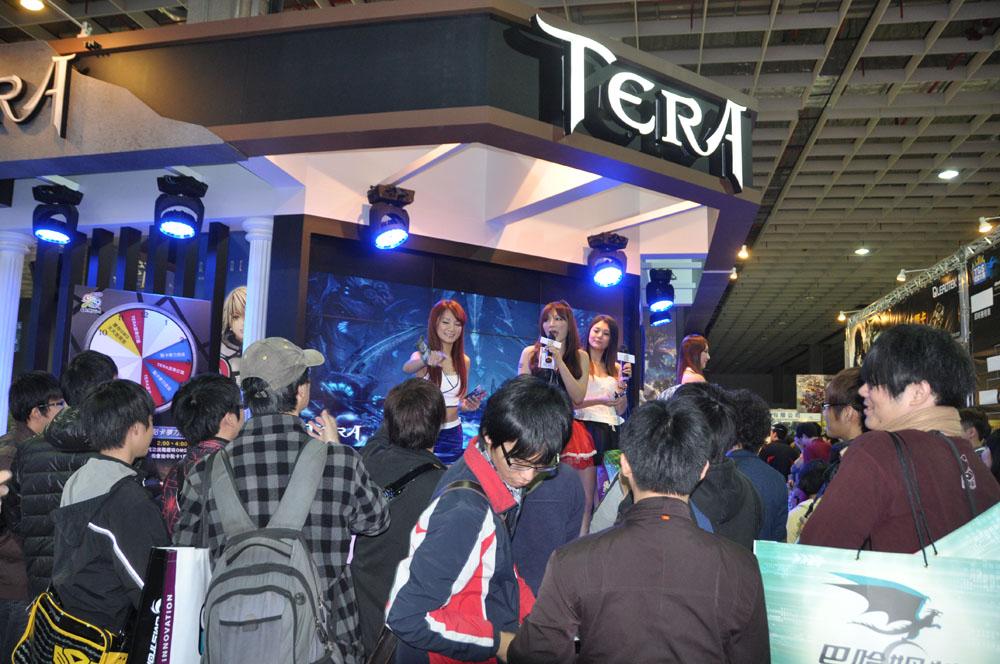 OMG Digital Entertainmenは台湾でTERAを運営するパブリッシャー。最新アップデート「邪獣降臨」では、レベルアップが52から58に引き上げられ毎日クエストや、新ストーリーが導入される。他国よりもハードコア向けのバランスとなっているのが特色だという