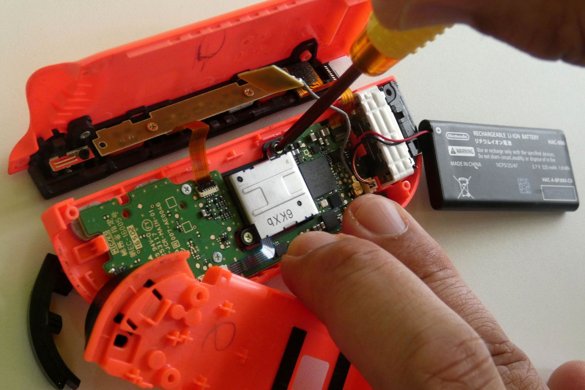 R ボタン 修理 ジョイコン